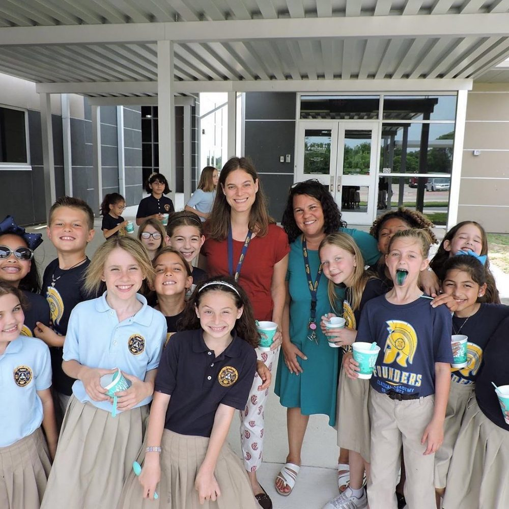 Bahama-Bucks-Local-Elementary-School-Fundraisers